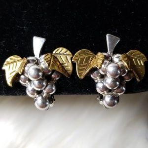 Jewelry - ♡ Vintage Sterling Silver Grape Clip On Earrings ♡